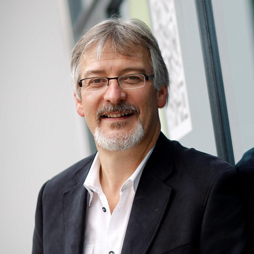 Christian Vélot administrateur de la Maison des Lanceurs d'Alerte