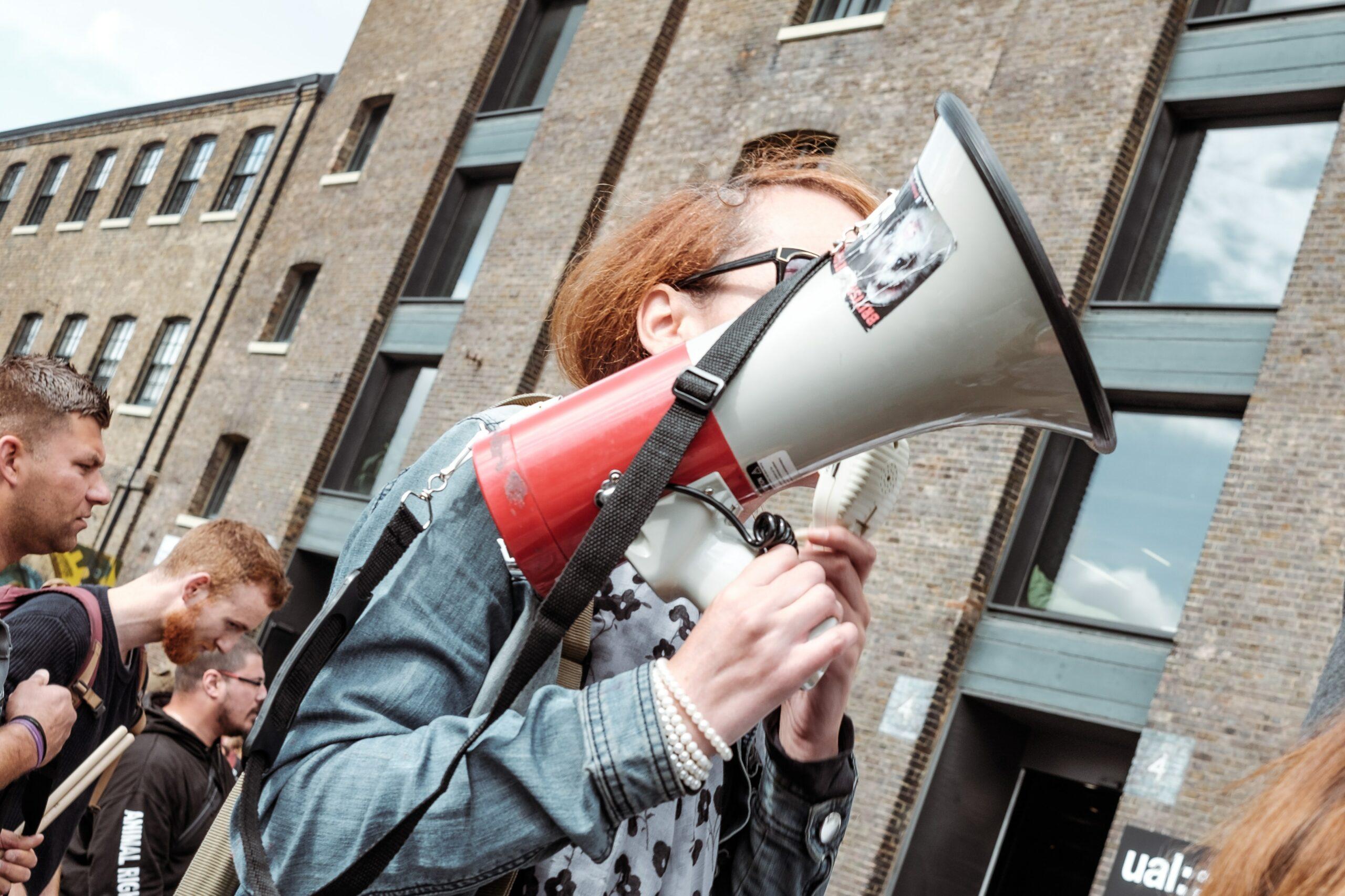 Lanceurs d'alerte association whistleblower whistleblowing