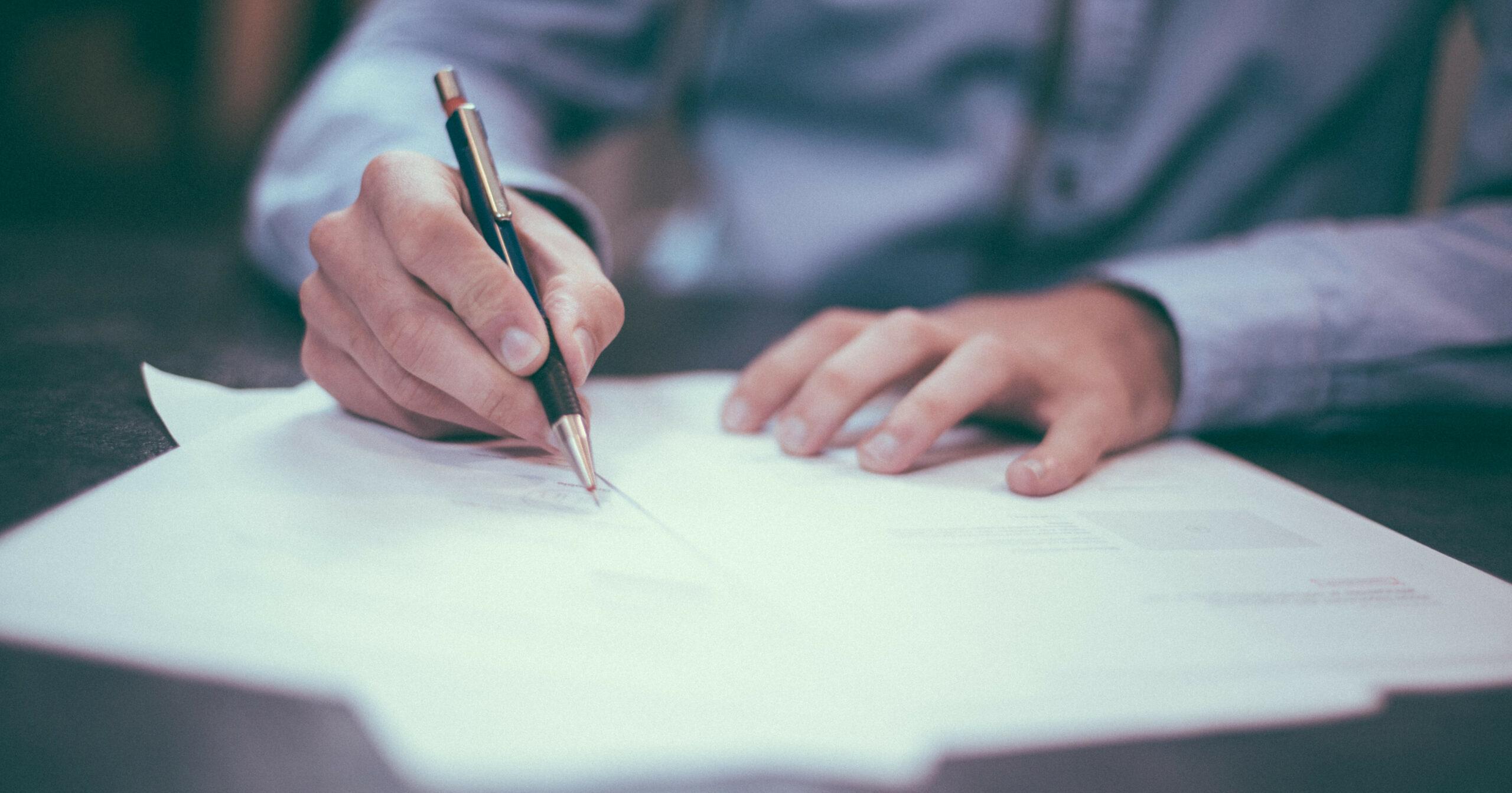 Textes loi lanceurs d'alerte décret directive
