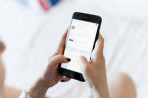 Le lanceur d'alerte sur les écoutes d'Apple adresse une lettre ouverte aux autorités européennes